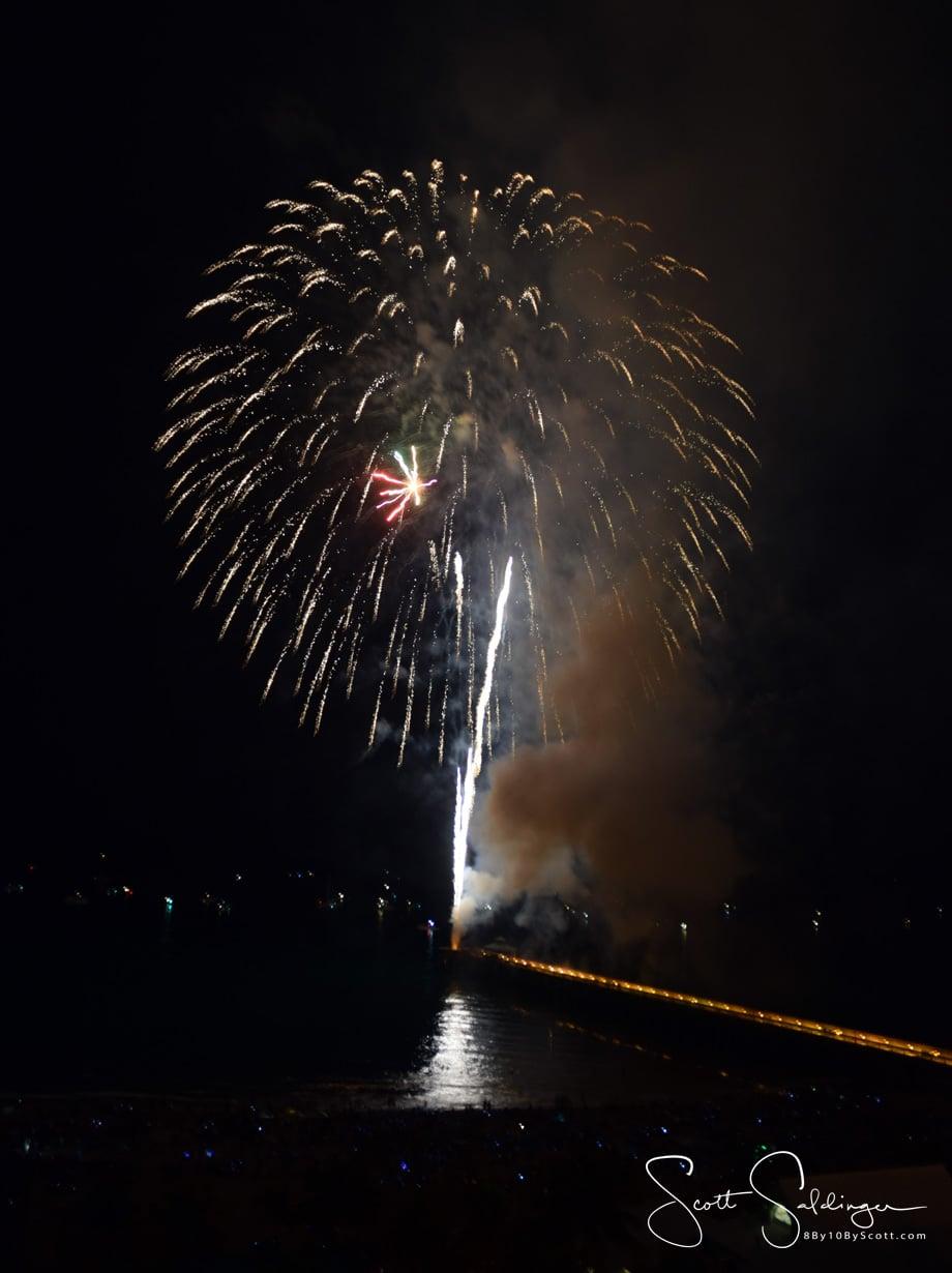 Fireworks_Vert