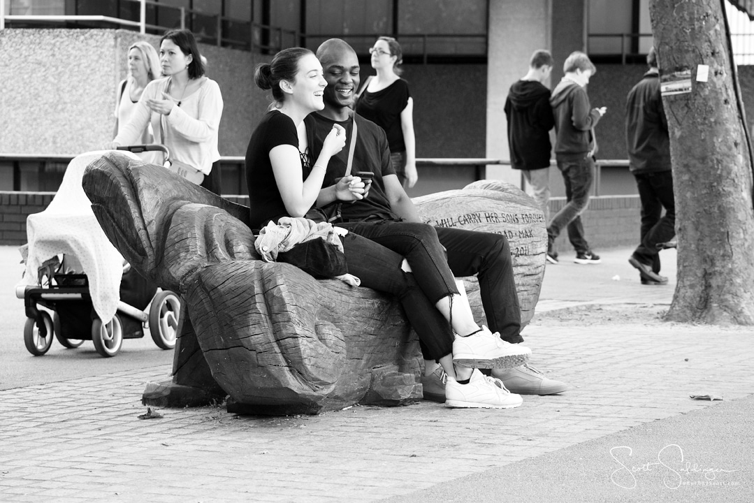 London_Couple_Bench_BW