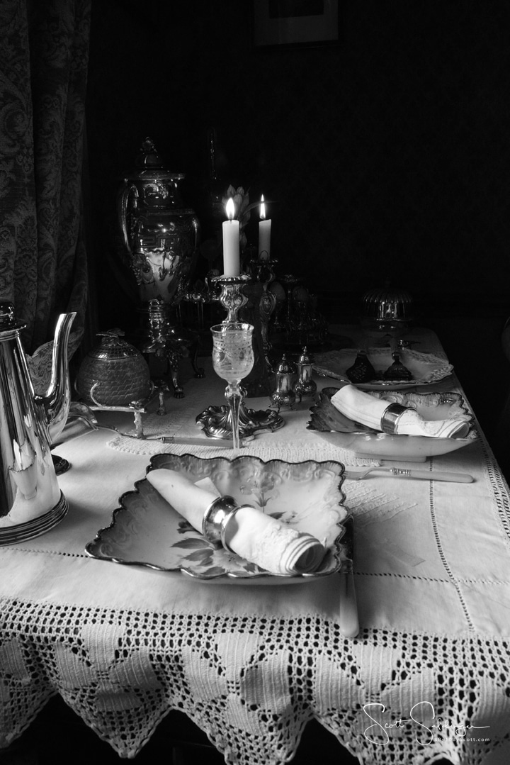 Table_Setting_BW